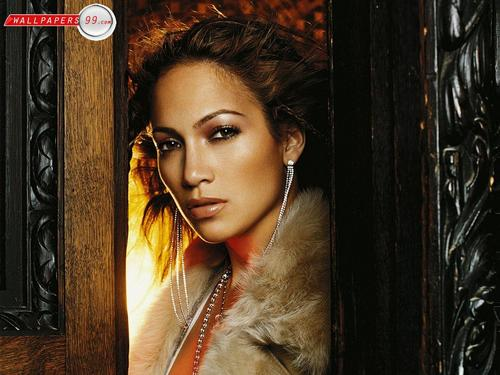Jennifer Lopez wallpaper with a fur coat called Jennifer Lopez Wallpaper