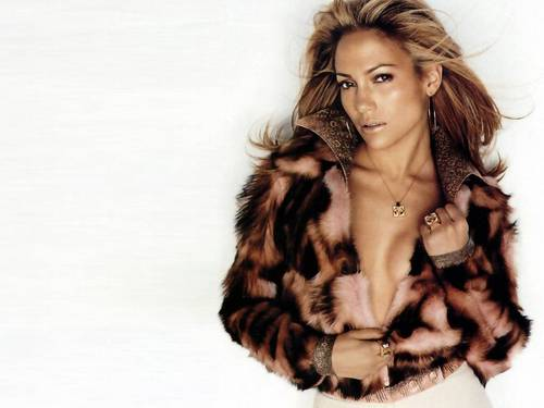 Jennifer Lopez wallpaper containing a fur coat entitled Jennifer Lopez Wallpaper