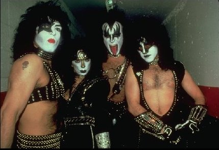 KISS wallpaper called Kiss 1982