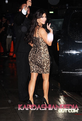 Kourtney, Kim and Khloe visit The Late Show with David Letterman - 06/09/2011