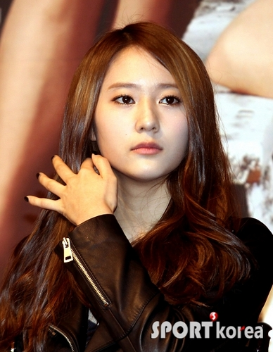 Krystal @ High Kick 3 Conference