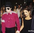 Michael & Lisa - michael-jackson-and-lisa-marie fan art