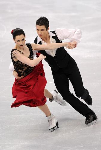 Tessa Virtue & Scott Moir wallpaper entitled OD 2010 -Farrucas