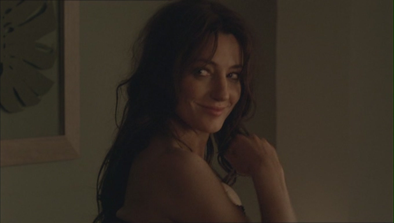 Orla Brady as Siobhan Dhillon in 1x01 of 'Mistresses'