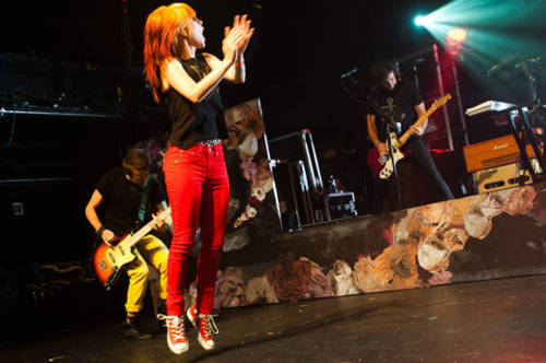Paramore @FBR 15th anniversary concert 07092011