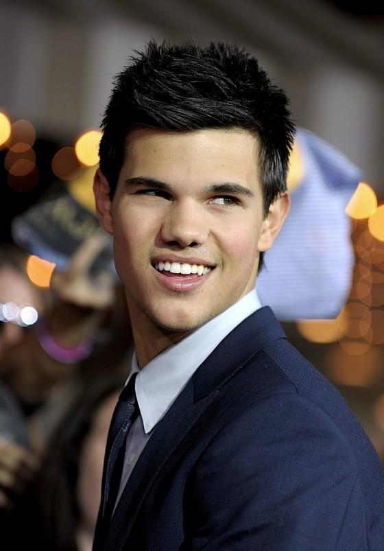 Taylor lautner♥ - Taylor Lautner Photo (25230445) - Fanpop Taylor Lautner