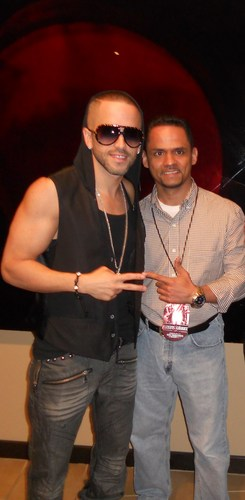 Wisin y Yandel 바탕화면 probably with sunglasses entitled Yandel & Luis
