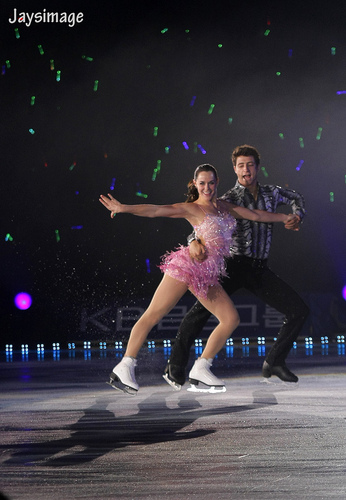 essa Virtue & Scott Moir - All that patim, skate summer 2011 Mujer latina+Temptation
