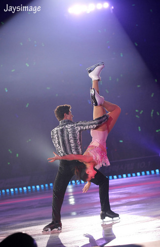 essa Virtue & Scott Moir - All that vleet, skate summer 2011 Mujer latina+Temptation