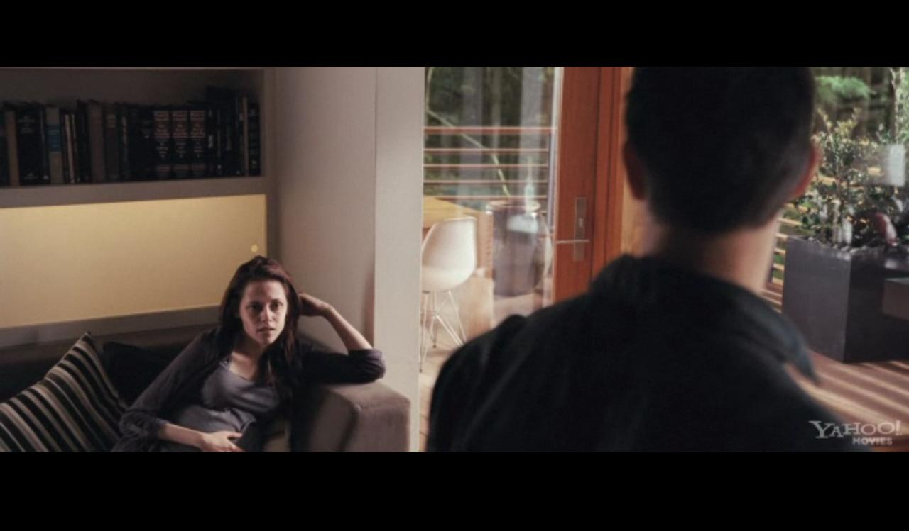 'The Twilight Saga : Breaking Dawn Part 1' HD Trailer
