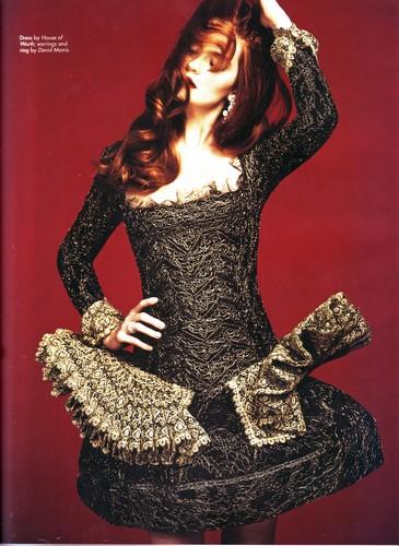 2011 - Haute মুসে Magazine