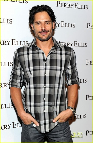 2011 - joe-manganiello Photo