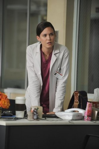 8x01 Twenty Vicodin Still