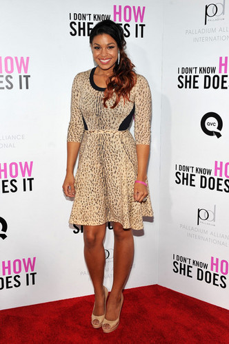 "Arrival at the premiere of ""I Don't Know How She Does It"" - jordin-sparks Photo"