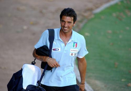 Buffon Italy 2011