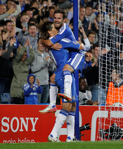 Chelsea 2x0 Bayer Leverkusen - 13.09.2011 - fernando-torres Photo
