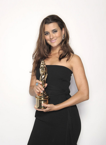 Cote de pablo 2011 ALMA awards