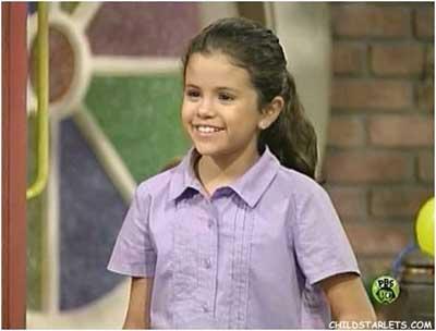 Cute Selena in barney