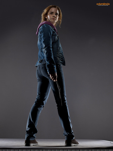 Hermione Granger wallpaper with a well dressed person, a hip boot, and a legging entitled DH Promo