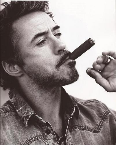 Robert Downey Jr. achtergrond called GQ Style US