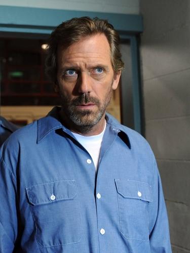 Hugh Laurie- House- 8x01 Twenty Vicodin Still