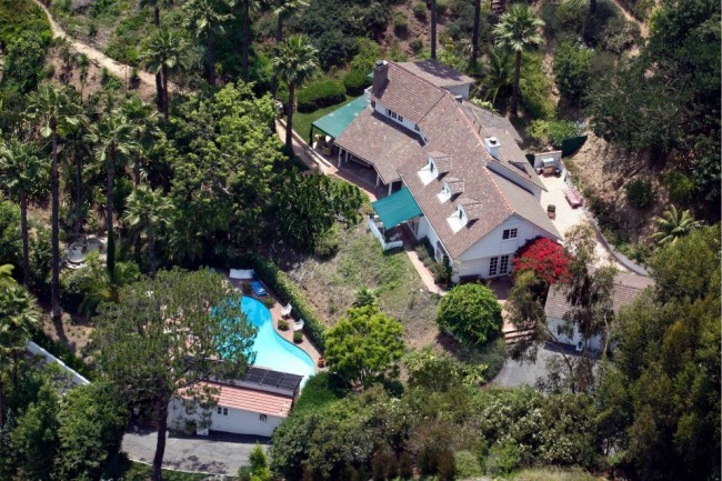Hugh Laurie- Luxury home pagina in LA, California