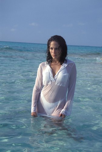 Jennifer Lopez picha Shoot Club Med, Bahamas 5/15/97