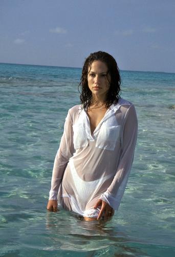 Jennifer Lopez Photo Shoot Club Med, Bahamas 5/15/97