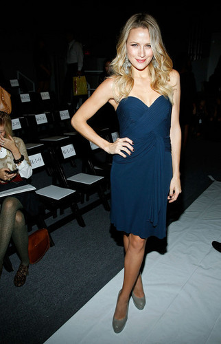 Jenny Packham - Front Row - Spring 2012 Mercedes-Benz Fashion Week - shantel-vansanten Photo