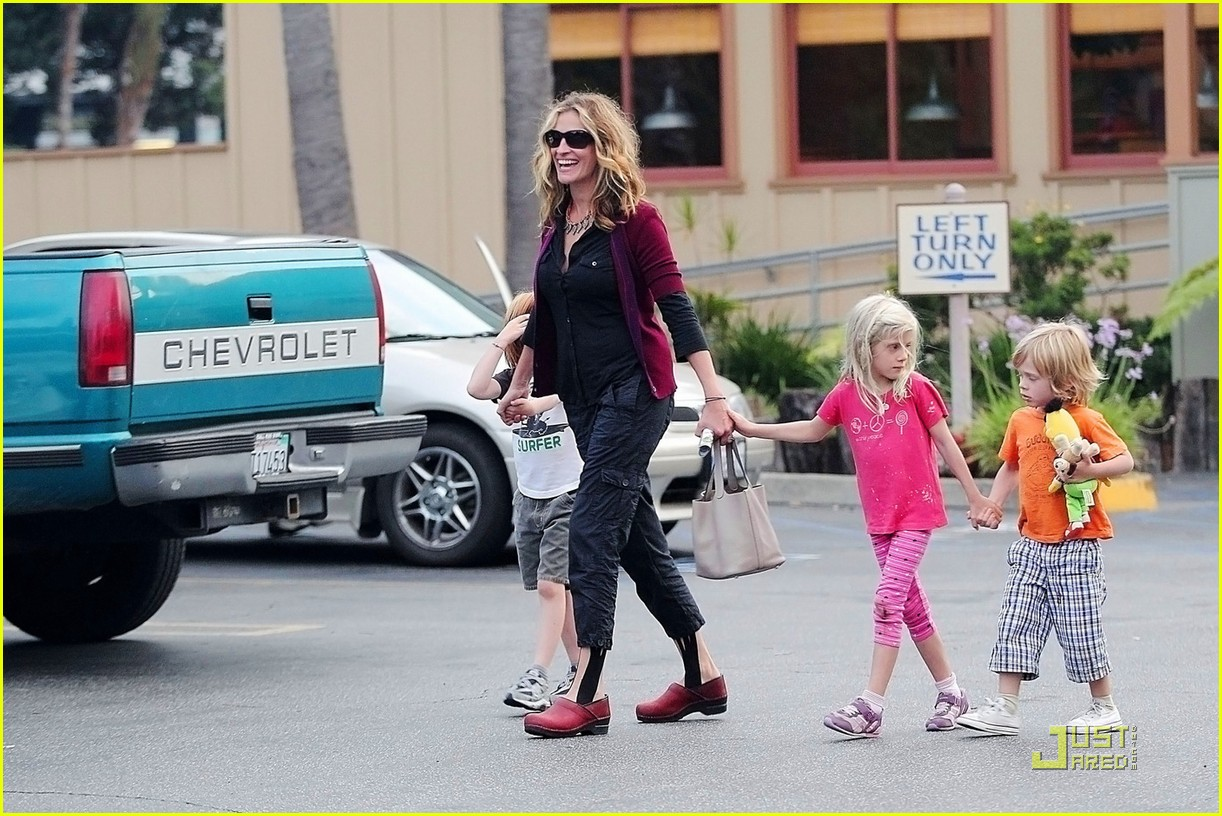 Julia Roberts Breakfast With The Kids Julia Roberts