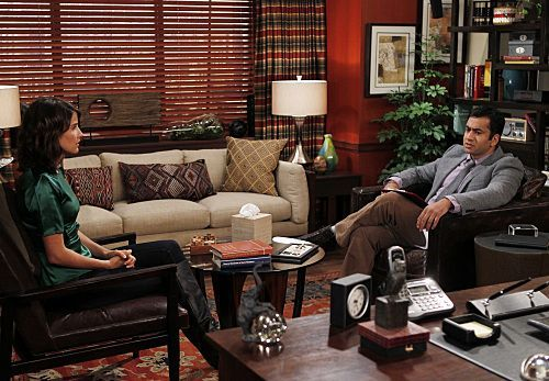 "Kal Penn in a Promotional 写真 for 7x04 ""The Stinson ミサイル Crisis"" ~ 'How I Met Your Mother'"