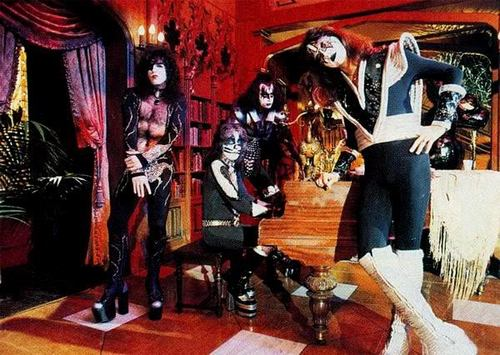 Kiss ~ Paul Lynde Halloween Special 1976