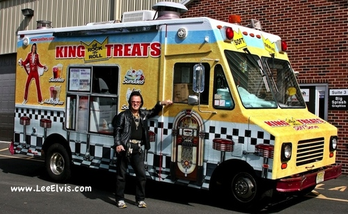 Elvis Aaron Presley and Lisa Marie Presley wallpaper titled Lee Elvis Ice Cream Truck