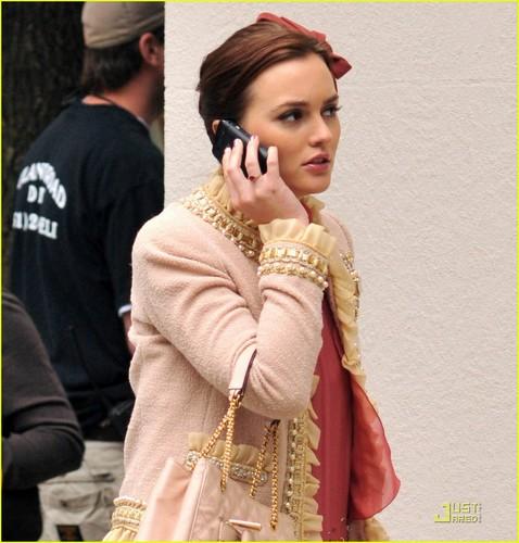 Leighton Meester: New 'Gossip Girl' Set 사진