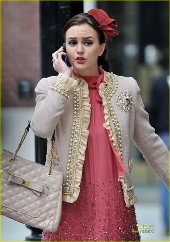Leighton Meester: New 'Gossip Girl' Set Photos