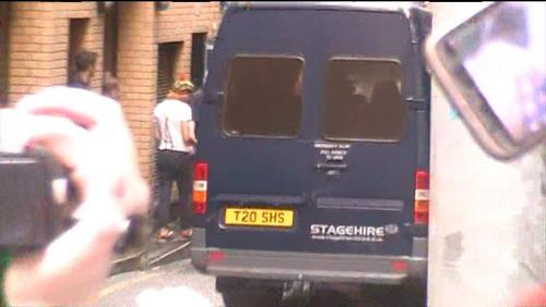 Louis, Zayn, Harry and Nial pointing and waving at me & my friend!