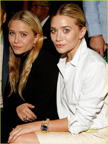 Mary-Kate & Ashley Olsen: J. Mendel Fashion Show!