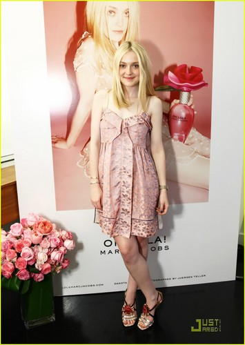 Oh, Lola Marc Jacobs Launch!