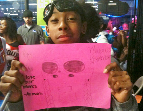 strahl, ray strahl, ray with the Cute Drawing that was givin to him Von a Fan!! :D