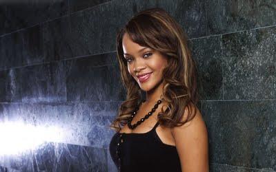 Rihanna Maeibou