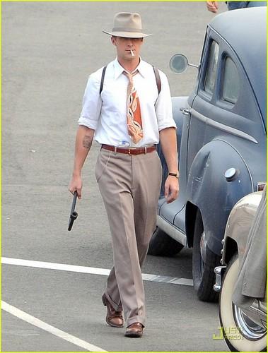 Ryan Gosling: Evan Rachel Wood Dishes on Their baciare Scene!