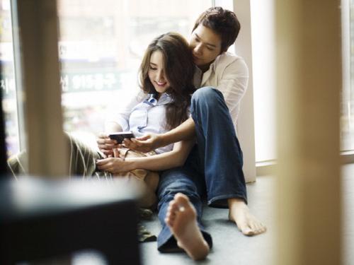 Tia and Ji Hyun Woo