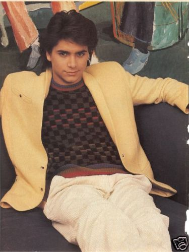 John Stamos वॉलपेपर possibly with a sign, a street, and a टैबर्ड called ▲John▲