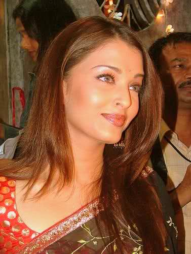 Aishwarya Rai Hintergrund with a portrait and attractiveness titled Aishwarya
