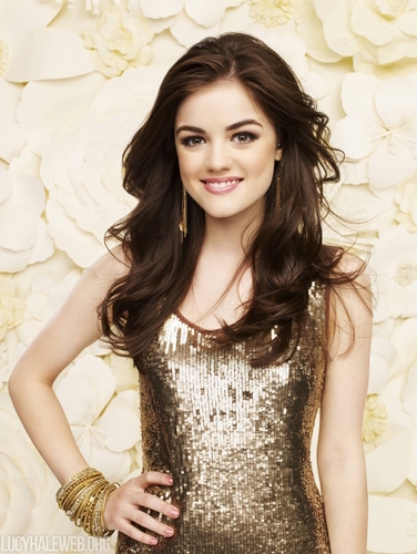Aria Montgomery wallpaper possibly containing a cocktail dress, a dinner dress, and a bustier titled Aria Season 1 HQ Promos