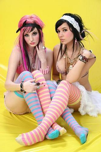 Audrey & Hanna