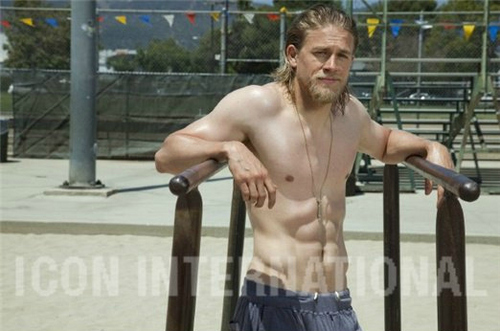 《混乱之子》 壁纸 called Charlie Hunnam♥