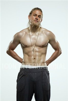 Sons Of Anarchy wallpaper with a six pack called Charlie Hunnam♥