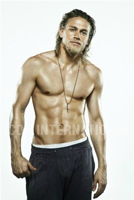 Sons Of Anarchy wallpaper containing a six pack and a hunk called Charlie Hunnam♥