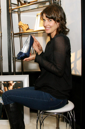 Cobie - Emmy Awards Gift Lounge